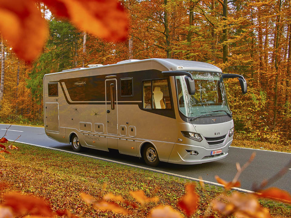 PhoeniX Motorhomes and Liners - First Class Travels